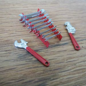 Garage Diorama Metal Tool Set